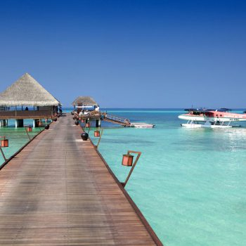 Velassaru maldives artravel h tels maldives for Club piscine montreal west island